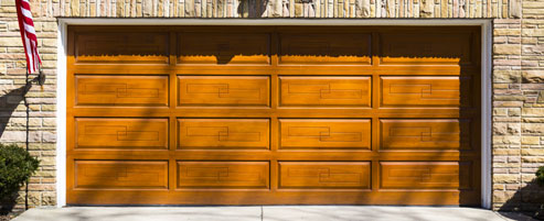 Wooden Garage door Congres New York